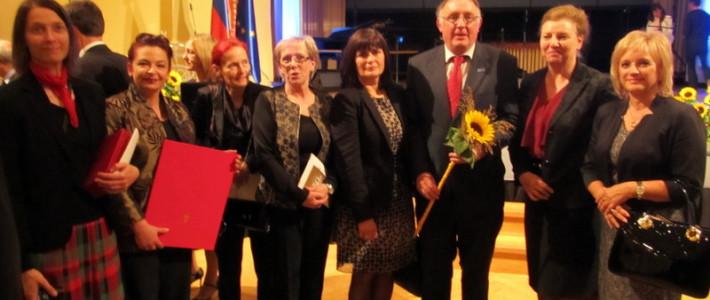 Mreža šol PŠJ prejela nagrado RS za izjemne dosežke na področju šolstva