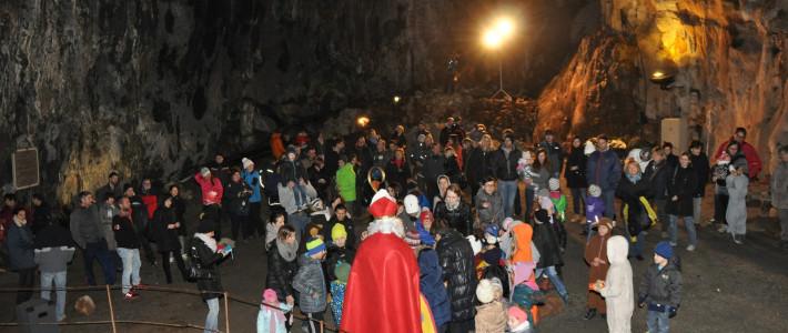 Miklavževanje v Divaški jami