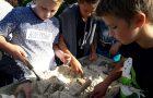 Šestošolci v Simonovem zalivu raziskovali življenje starih Rimljanov